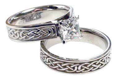 Superbe Celtic Wedding Rings