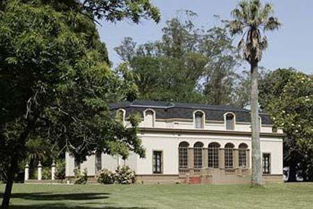 Estancia la cautiva estancias castillos y palacios en for Casa rural mansion de la plata penacaballera