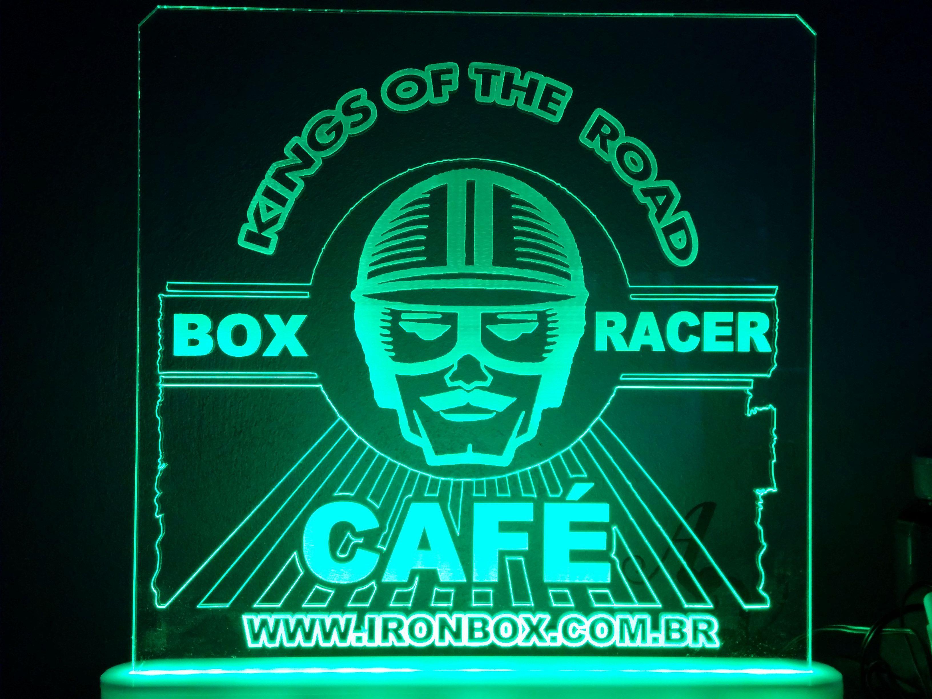 Luminoso de recepção Box Racer Café em  Iron Box Motos de Porto Alegre RS