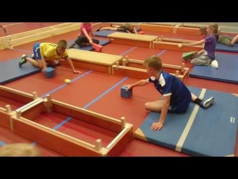 Welp Gymles groep 5/6 Uniaskoalle 3 hoeken - YouTube | Lichamelijke HI-58