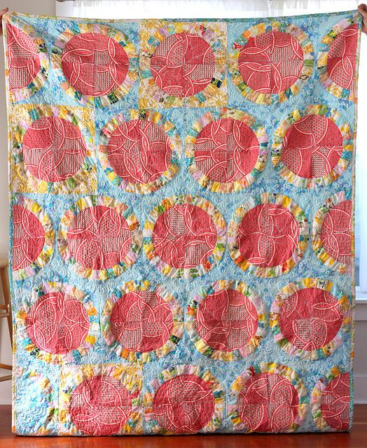 single girl twin quilt Wedding ring quilt, Quilts, Quilt