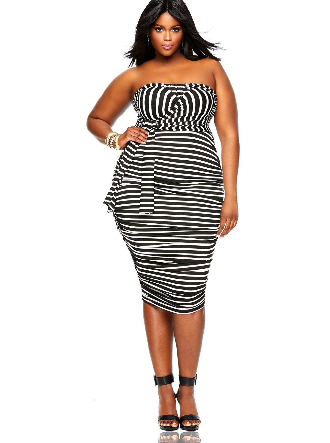 Pin By Laura Oviedo On For The Love Of Fashion Plus Size Fashion Plus Size Outfits Curvy Girl Fashion