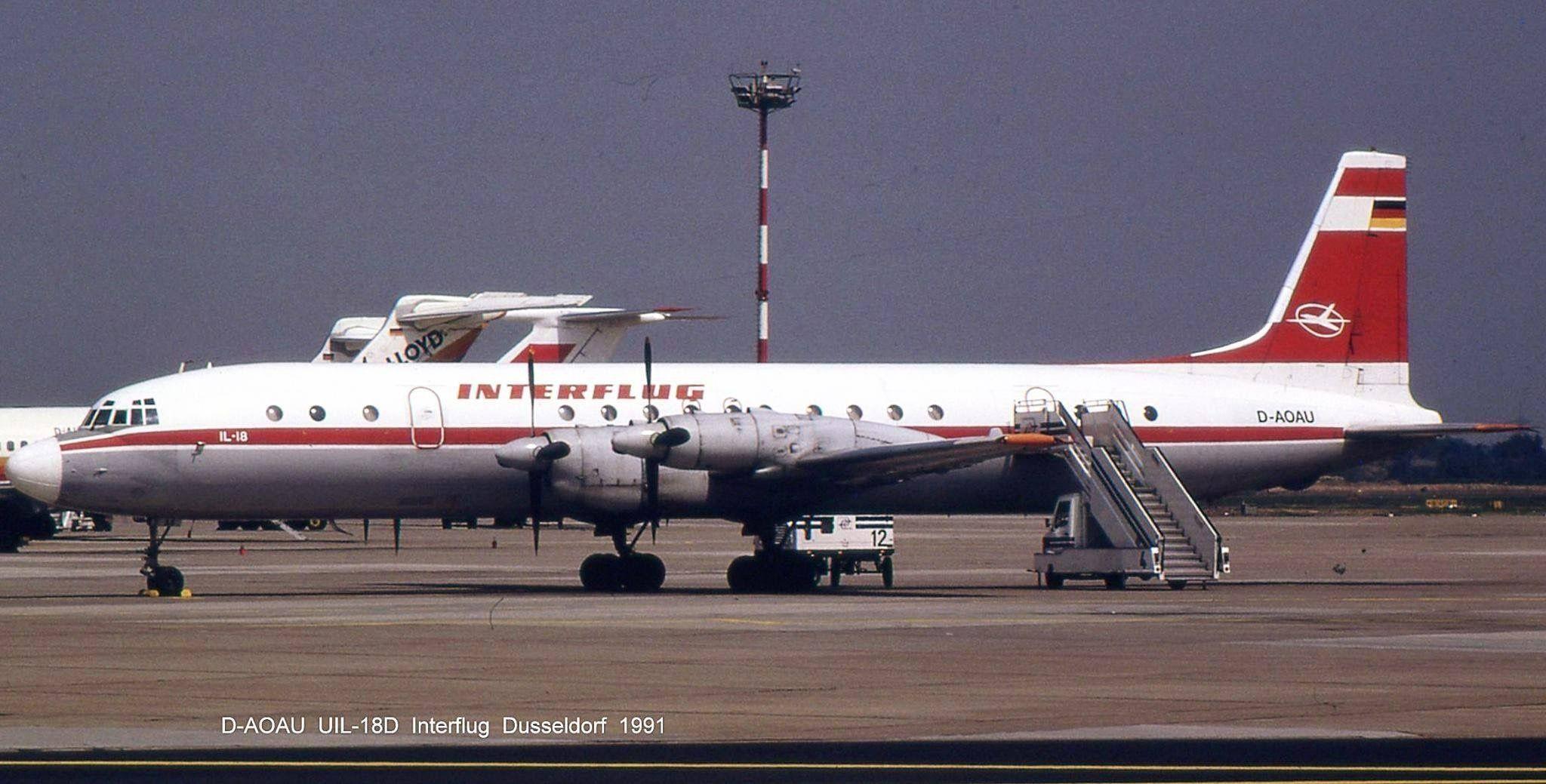 Inter Ilyushin IL18 at Düsseldorf 1991 Flugzeug, Ddr