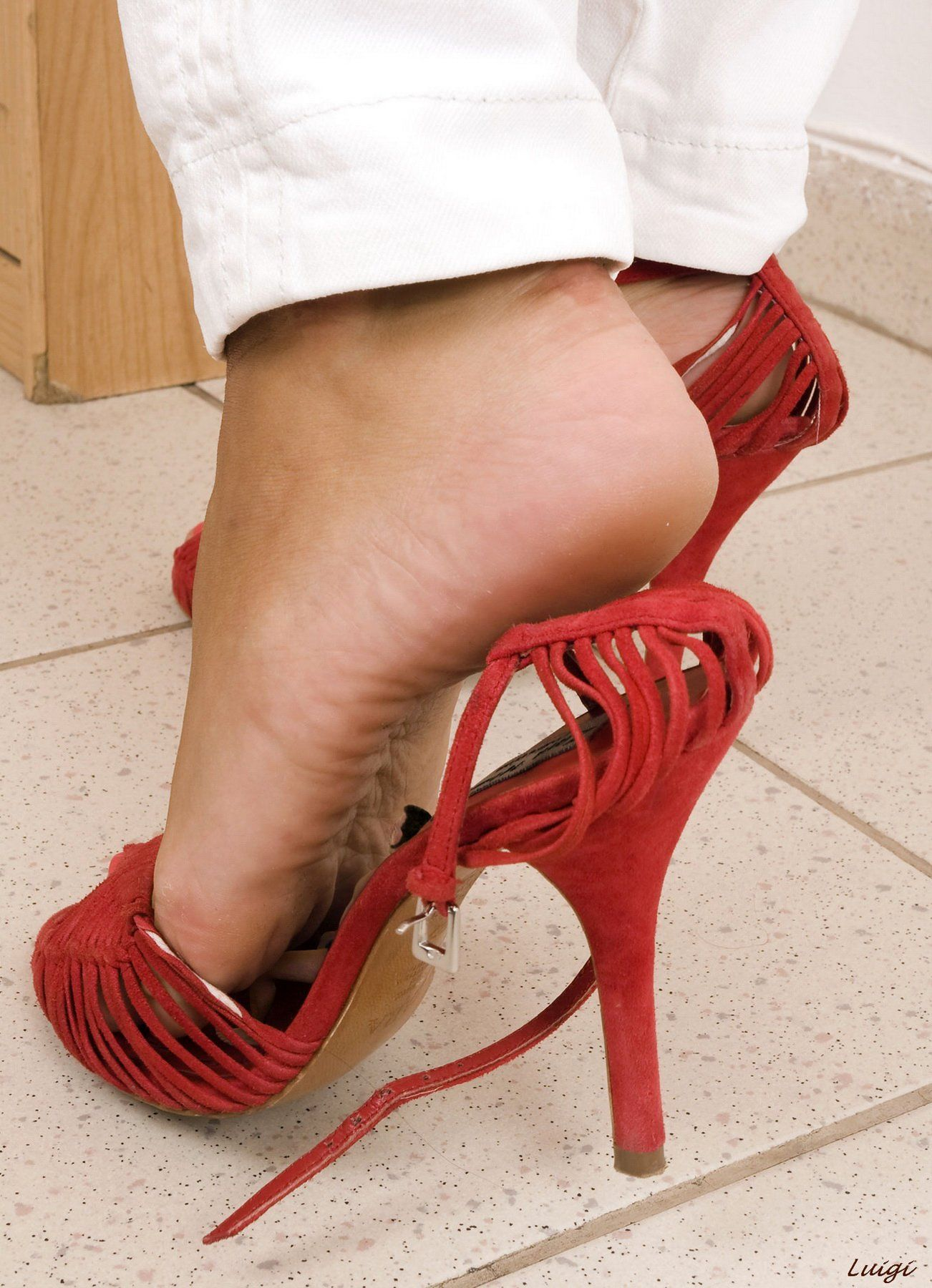 Domination gallery heel stiletto