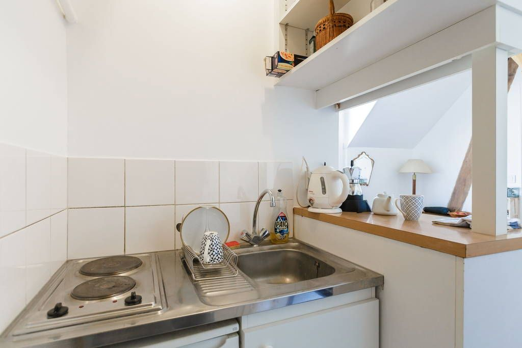 Échale un vistazo a este increíble alojamiento de Airbnb: Cosy typical flat in Latin Quarter - Apartamentos en alquiler en París
