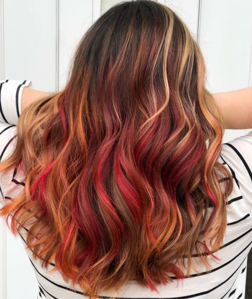 Haare rote strähnchen braune Highlights für