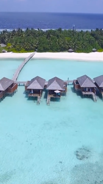 11 Best Maldives Resorts (Ultimate List is part of Maldives resort, Best resorts in maldives, Best island vacation, Dream vacations, Beautiful beaches paradise, Resort - Here's the ultimate list of the best Maldives resorts for your next tropical vacation  Which Maldives resort is perfect for you  Find out now