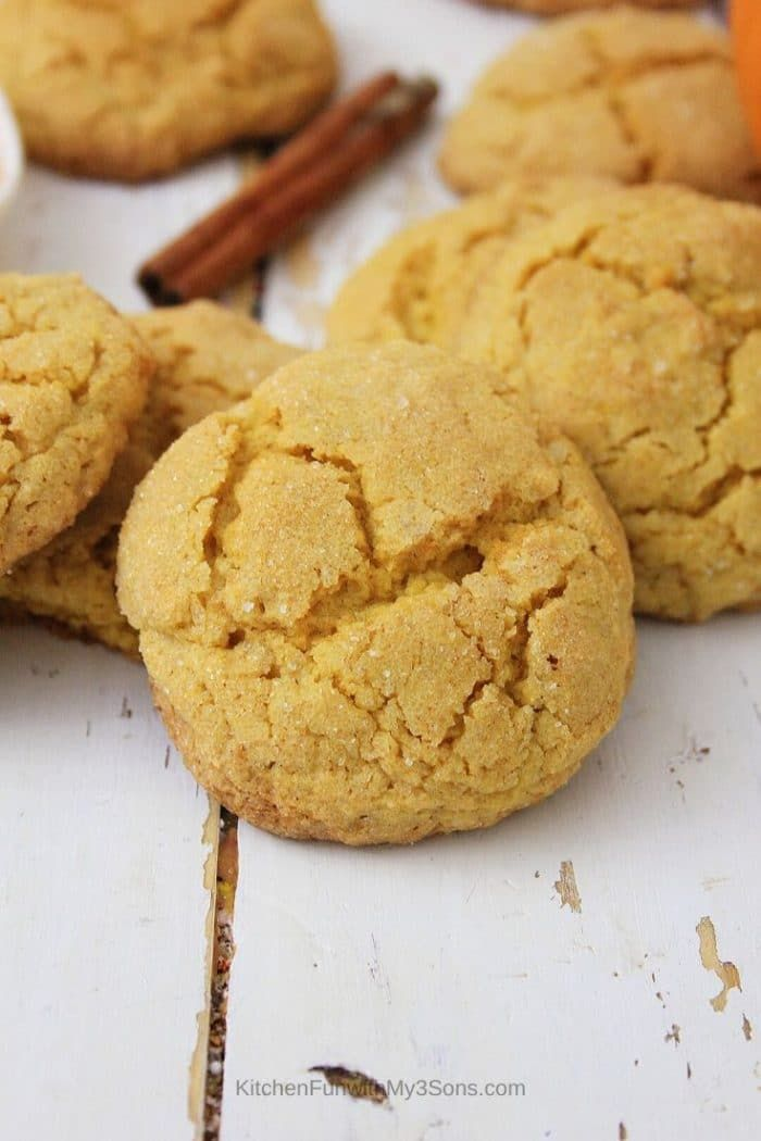 Combine pumpkin spice and sugar cookie dough for the perfect fall treat! Pumpkin Spice Sugar Cookies are an easy cookie recipe with perfect soft and chewy cookies as a result! #pumpkinspice #pumpkincookie #sugarcookie #cookierecipe #pumpkinsugarcookies