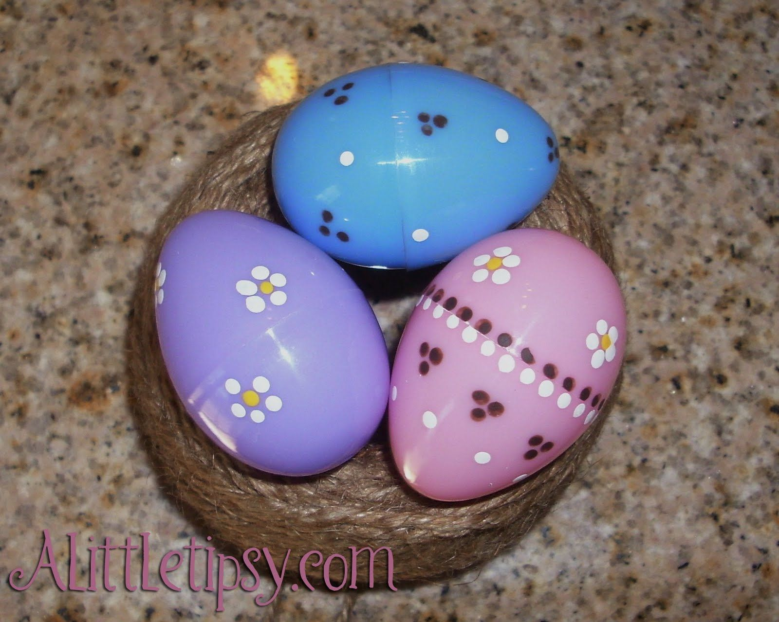 11 Ways To Decorate Plastic Easter Eggs Easter Egg Decorating