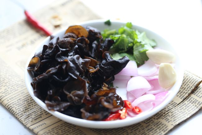 Wood Ear Mushroom Salad | Recipe | Mushroom salad, Stuffed ...