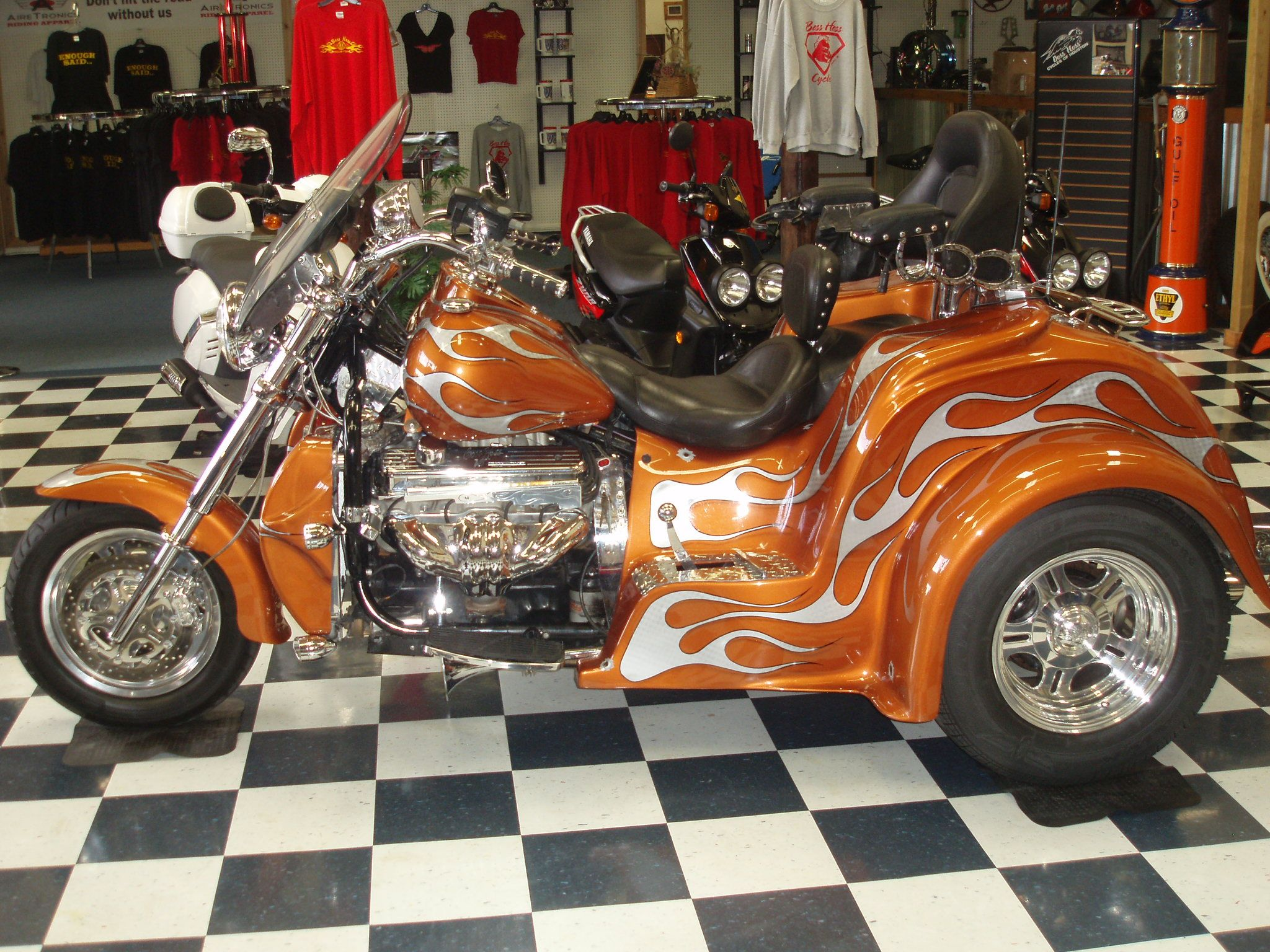 harley davidson boss hoss trike boss hoss cycles of. Black Bedroom Furniture Sets. Home Design Ideas