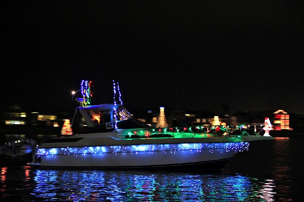 Naples Christmas Parade 2019.Naples Boat Parade Long Beach Ca Only In Long Beach In