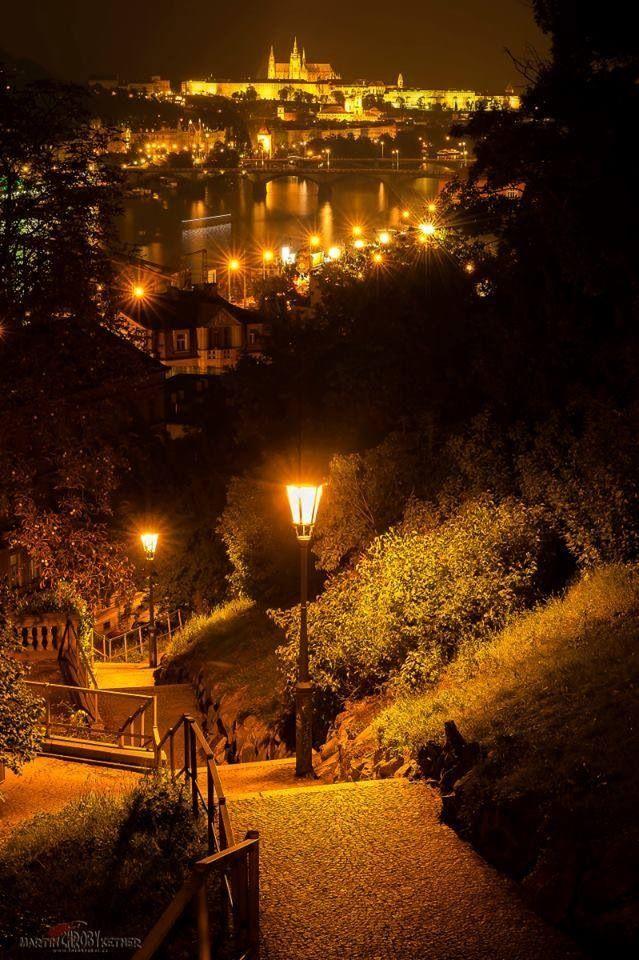 La nuit à Prague, Tchéquie #Prague #Czechia #Tchequie