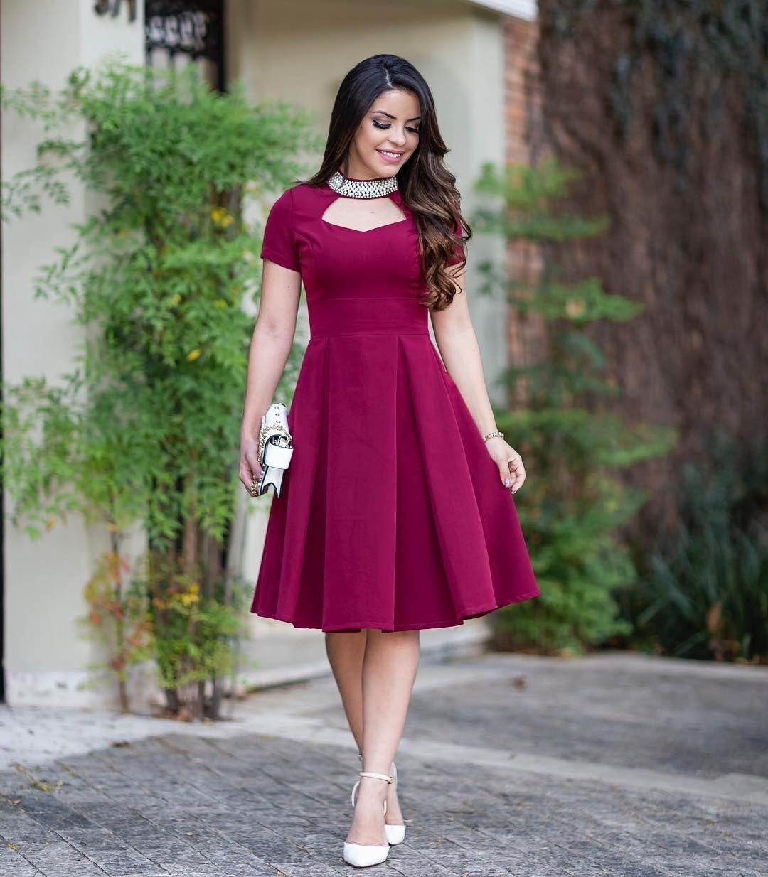 Princess com esse vestido lindo da @poppylook_modafeminina } Delicado,  lindo e muito feminino 😍 @poppylo…   Vestidos, Vestidos estilosos, Vestidos  curtos bonitos