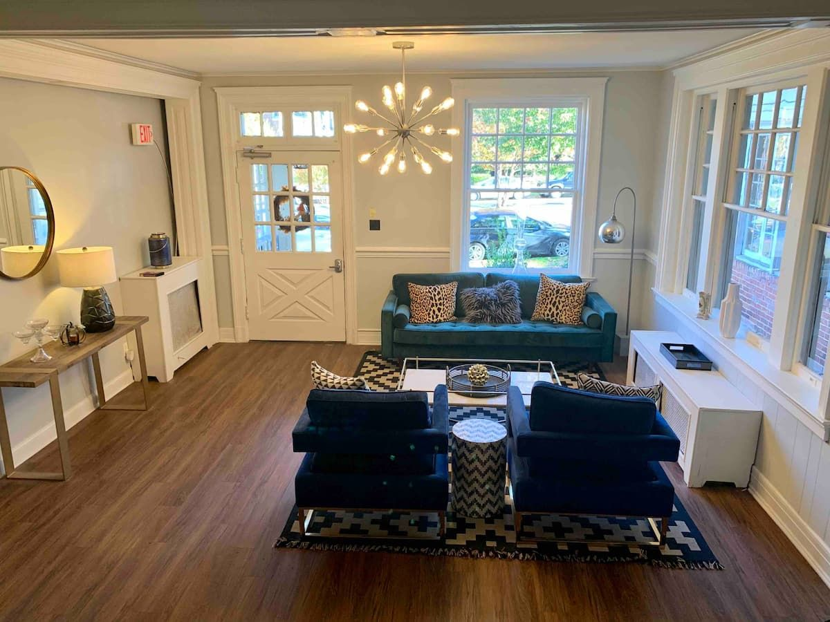 Incredible Studio Apt In The Heart Of Richmond Apartments For Rent In Richmond Virginia United States Richmond Apartment Apartments For Rent Studio Apt