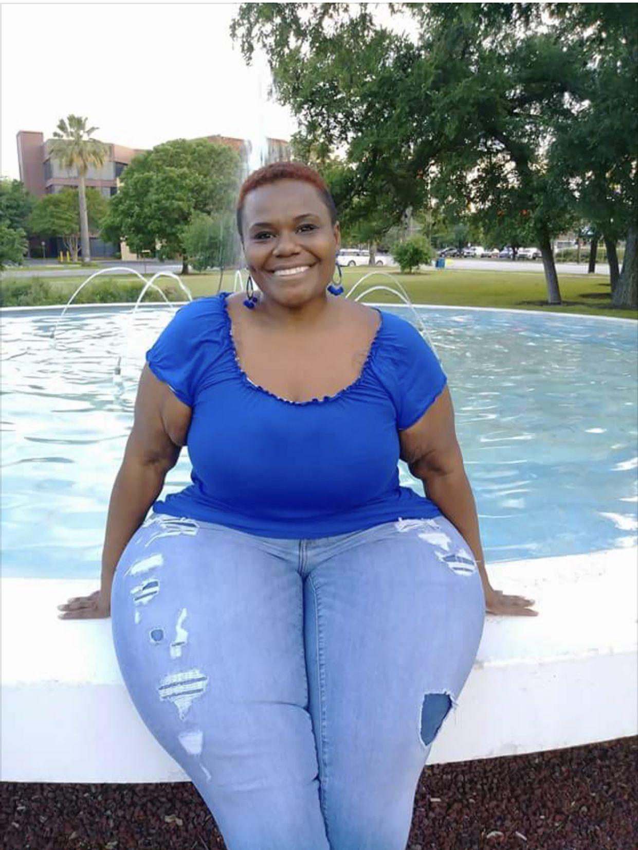 b3cf679ee Big Black Woman, Black Women, Thick Body, Ssbbw, Beautiful Curves, Well