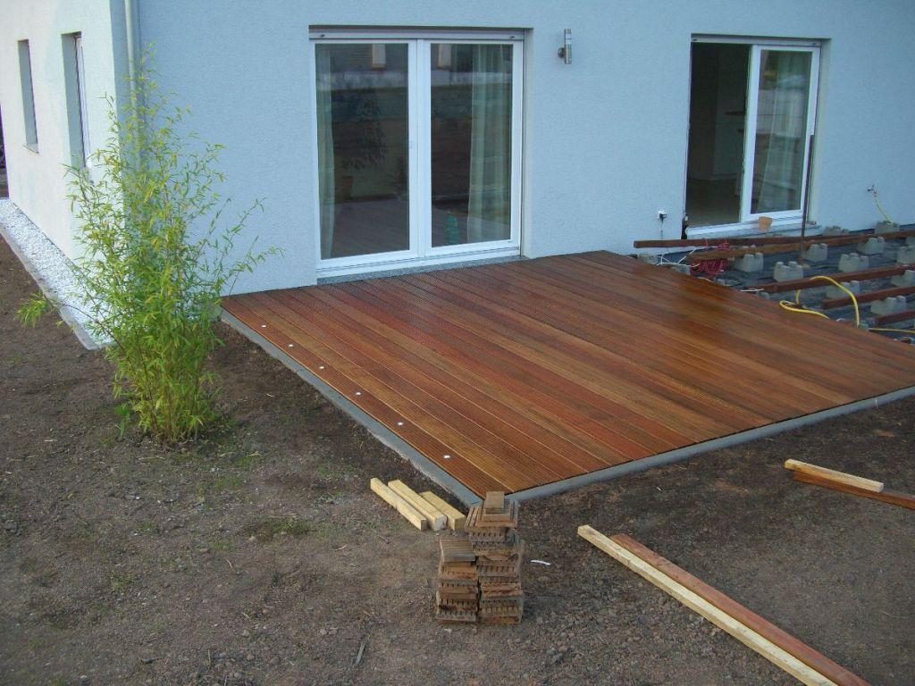 Bau Einer Holzterrasse Bauanleitung Zum Selber Bauen Holzterrasse Holzterasse Garten Haus Und Garten