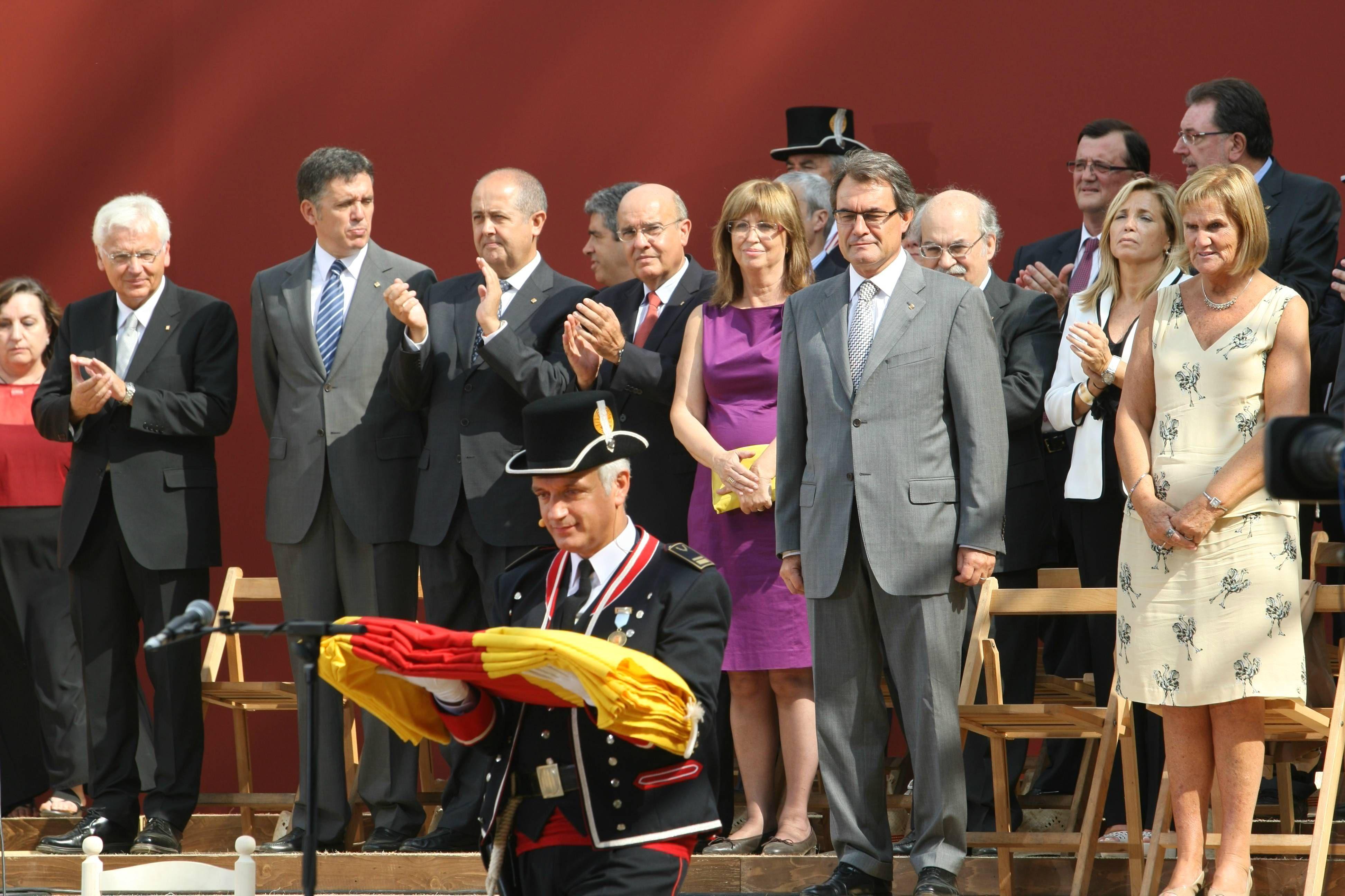 El govern en el acto del parque de la Ciutadella. RICARD CUGAT
