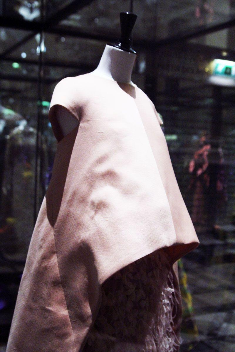 Cristobal Balenciaga A/W 1967-8 - Courtesy: Susanna Lau of Style Bubble