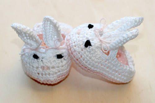 Scarpine a forma di coniglietto all'uncinetto | Risultato finale | FOTO