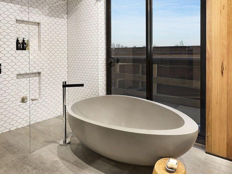 Naturstein Badezimmer ~ Freistehende badewanne oval naturstein modernes badezimmer