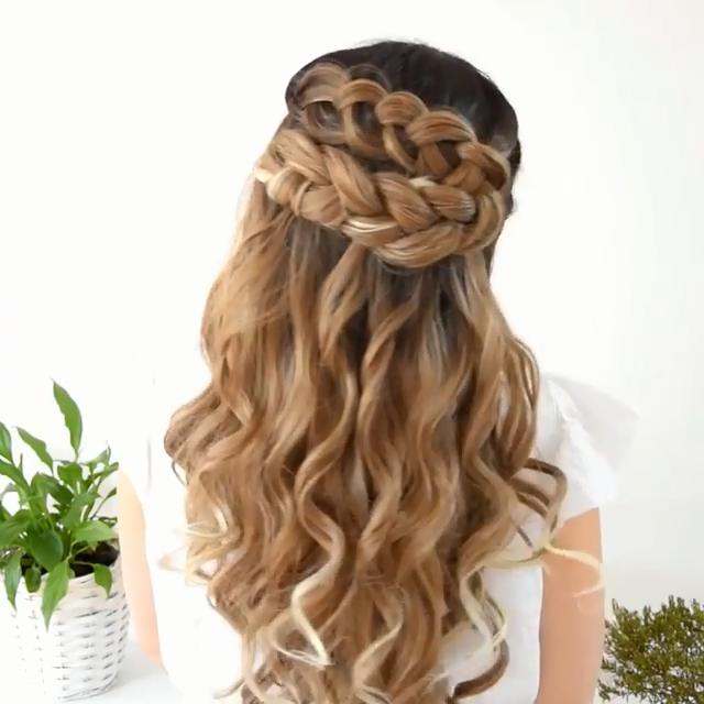 Half Up Dutch Braid Diy Braids For My Hair Via Instagram Beautifulhairstylesf In 2020 Prom Hairstyles For Long Hair Braids For Long Hair Cute Braided Hairstyles