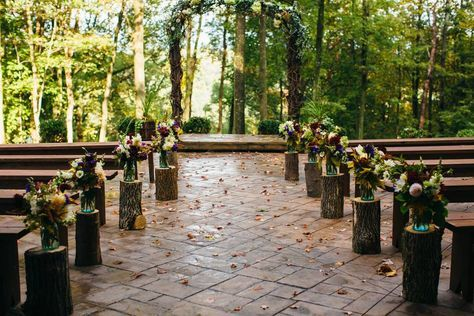 Beautiful outdoor/indoor barn wedding in the middle of the ...