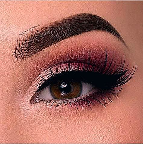 Photo of ¿Qué color de delineador utilizo en el Maquillaje para ojos oscuro?