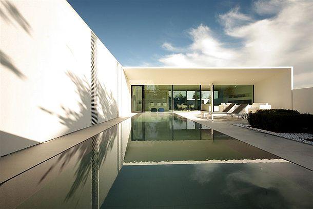 jesolo-lido-pool -villa-jm-architecture (13)