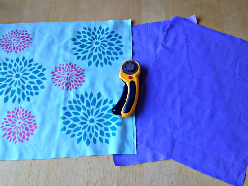 15 Minute Envelope Pillow Sewing Tutorial Fabric Stencilling With Royal Design Studios