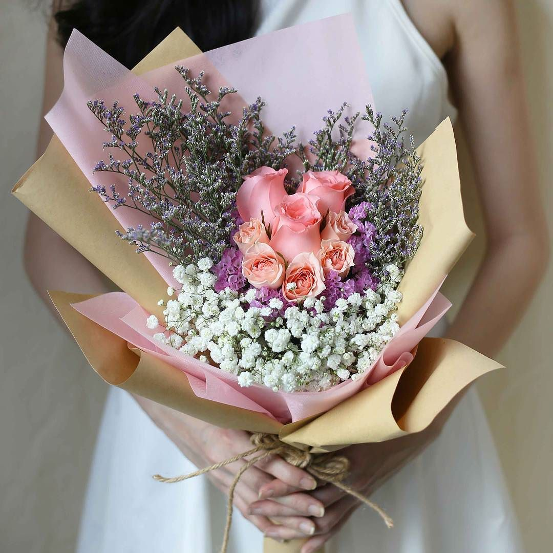 Beautiful flowers at Nefertari Florist Same Day Delivery