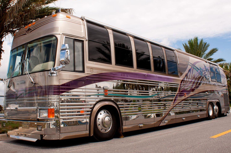 Gypsy Living Traveling In Style  Serafini Amelia  Luxury Coaches  Millennium Luxury Coaches ...