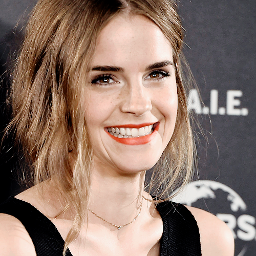 Emma Watson at the 'Regression' photocall at Villamagna Hotel in Madrid, Spain (August 27, 2015)