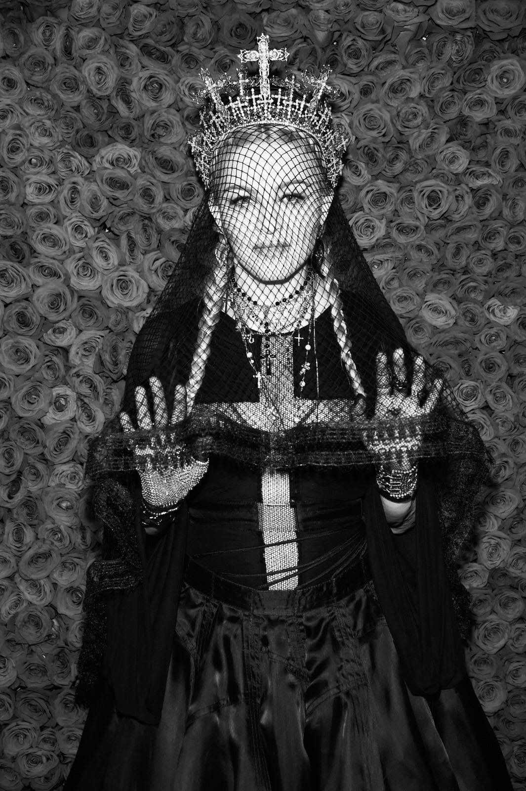 Pin by raluca fratea on madonna pinterest madonna and famous women