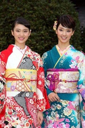 美容美�yn��(�y.�Y�Y_画像:オスカー晴れ着撮影会に登場した(左から)武井咲さん