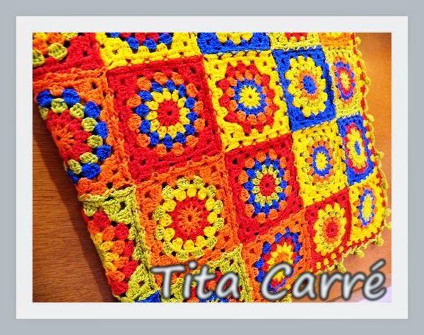 Colcha com Quadrados Diagonais Coloridos em crochet com square Multicoloridos