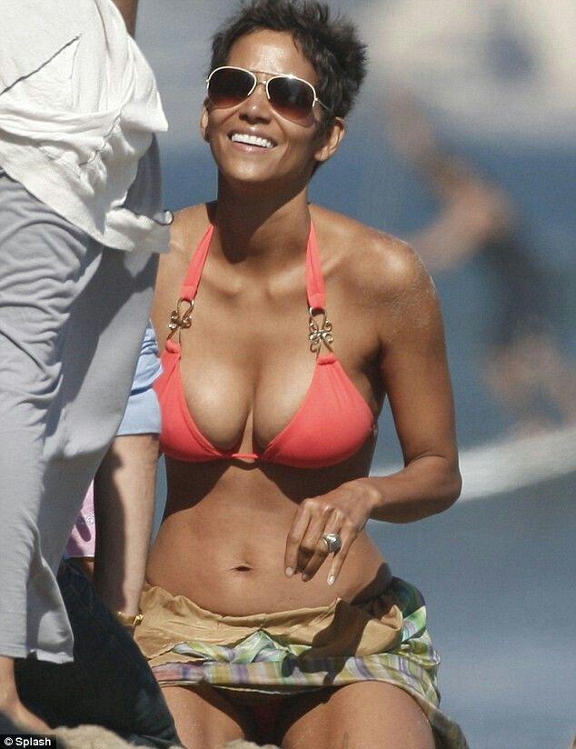 Halle berry hot bikini