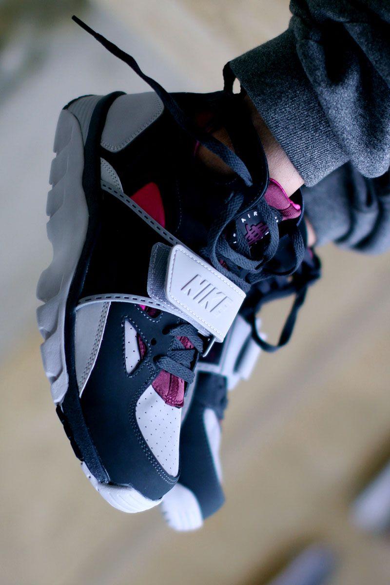 Ordenanza del gobierno monigote de nieve componente  Nike Huarache #trainer #nike #sneakers | Sneakers men fashion, Nike air  trainer huarache, Mens nike shoes