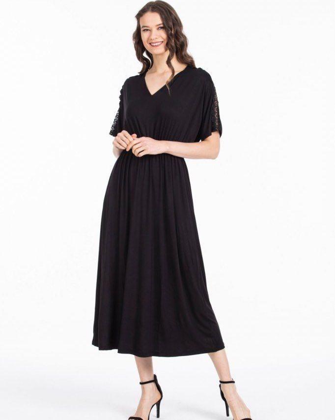 👗Ürün kodu:15896 👉Fiyat :69.90₺ ❤️ Viskon kumaş kolu dantel detay elbise 🌈Bedenler : S-M-L ✔️Sipariş ve bilgi için WhatsApp