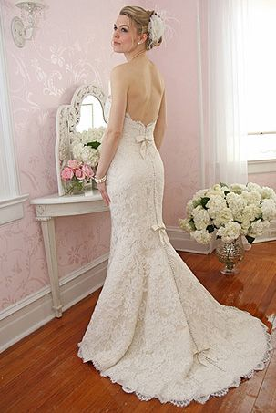 Victoria Nicole Wedding Dresses Bridal Gowns In Virginia Hannelore S Gown Boutique