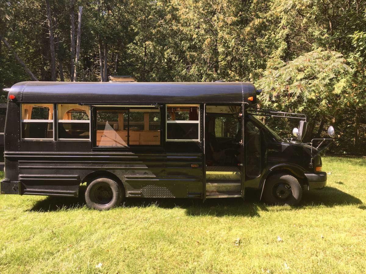 Converted School Bus (RV/Skoolie) Short Bus - Converted ...