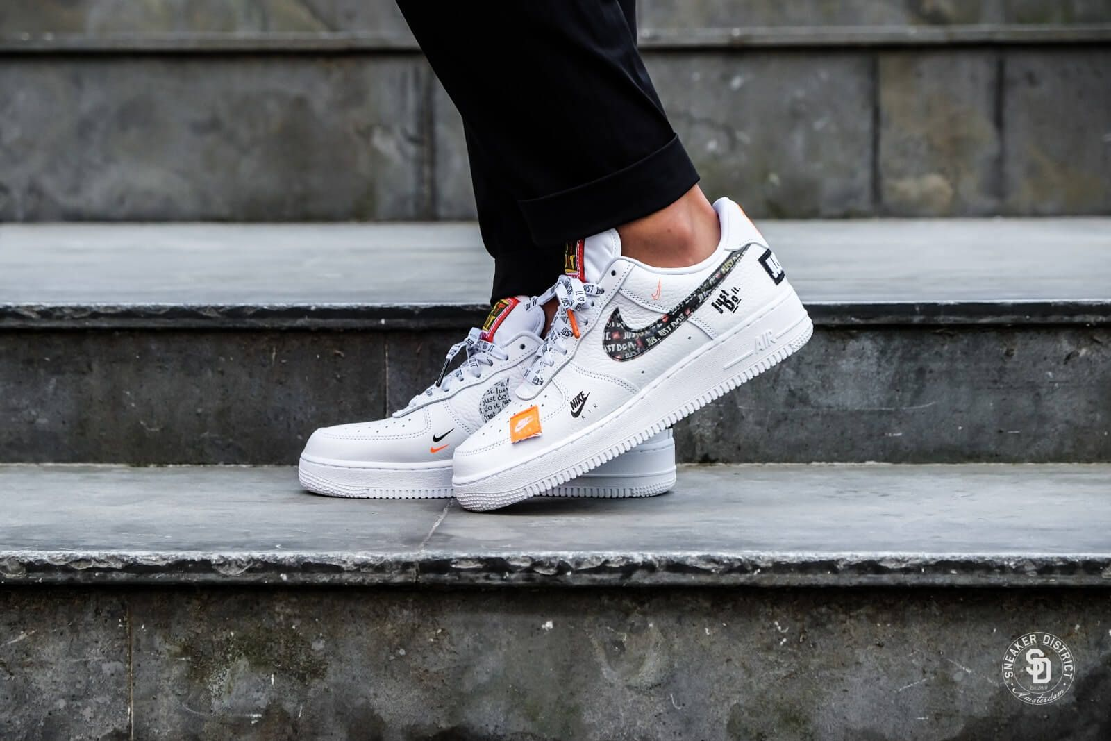 Nike Air Force 1 07 Just Do It White Black Total Orange Ar7719 100 Nike Air Force Nike Nike Air