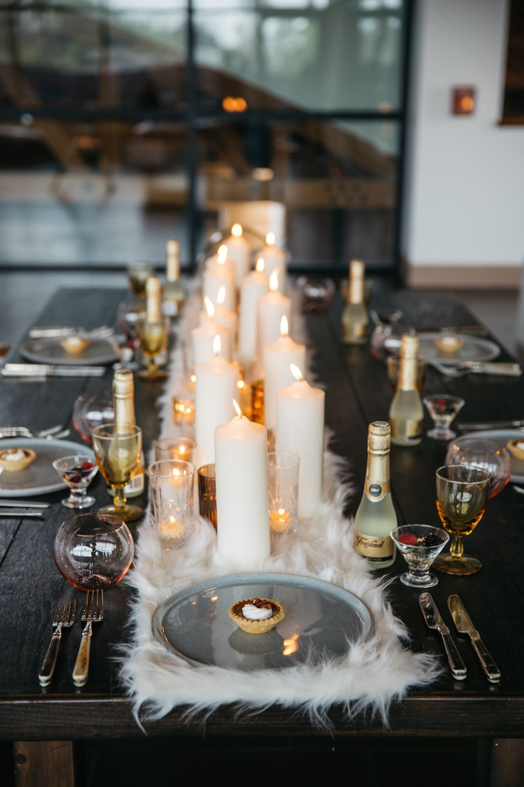 Nice 3 Creative Ways To Make Your Winter Wedding Look Oh So Cozy