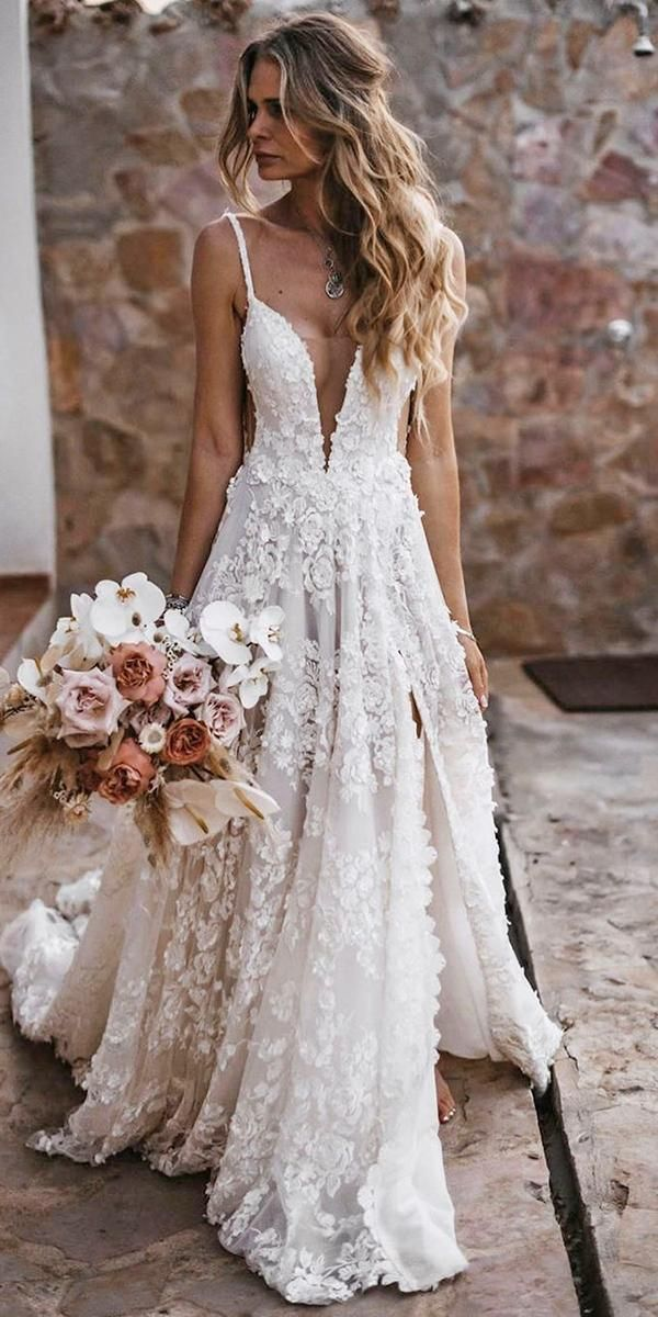 24 Unforgettable Beach Destination Wedding Dresses | Wedding Dresses Guide