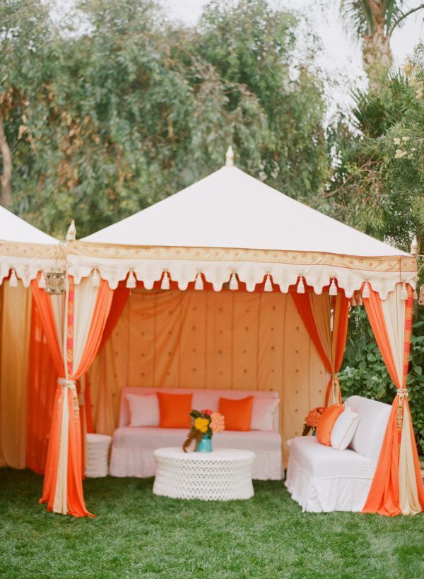Post wedding coral and turquoise brunch brunch decor for Outdoor party tent decorating ideas