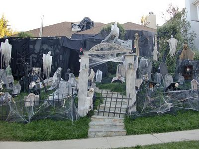 DIY ghost yard \u003c OMG!!!! Only if he would mesigh\u003e Holiday