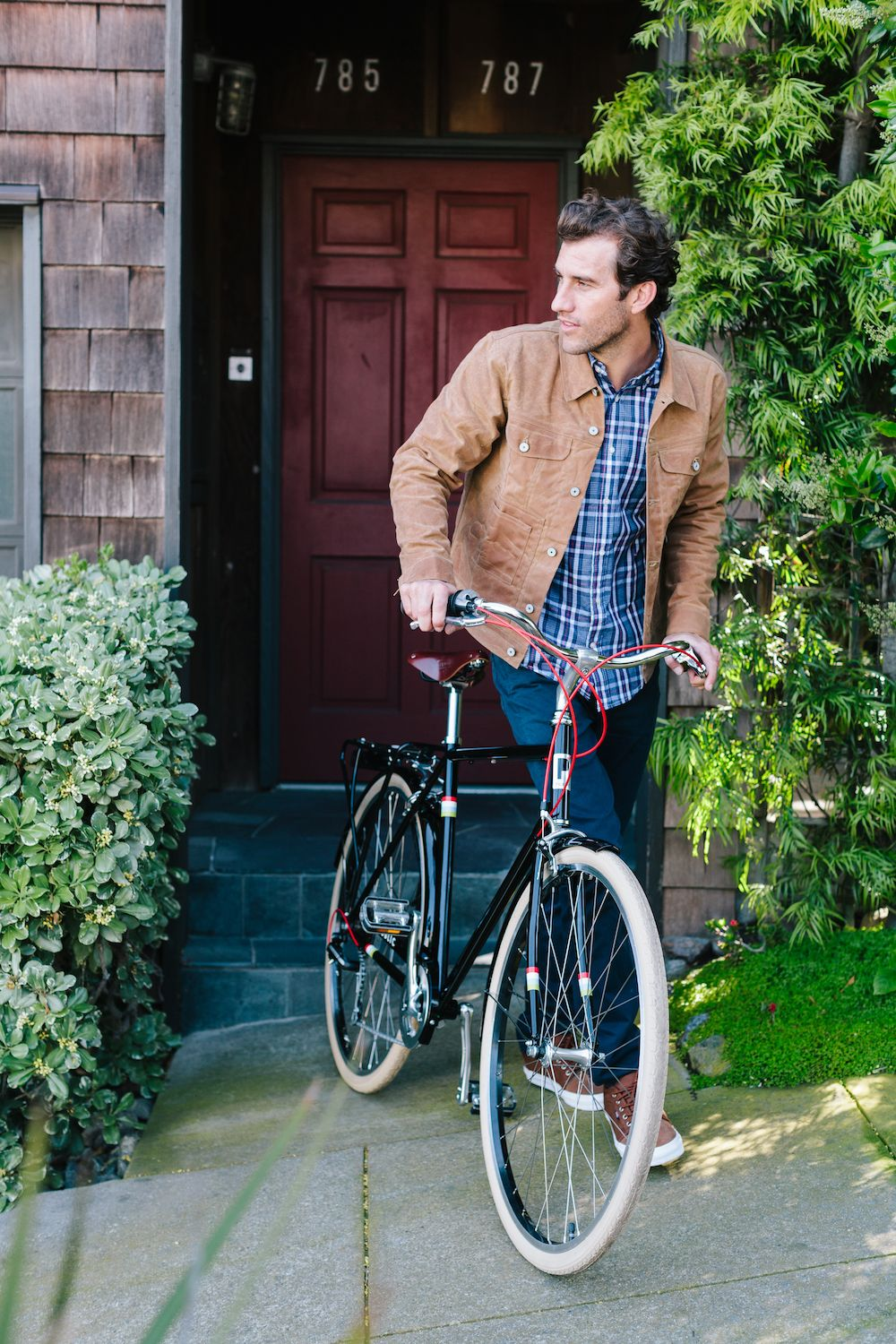 Heading Out With The Steel Commuter Bike The Public V7 City