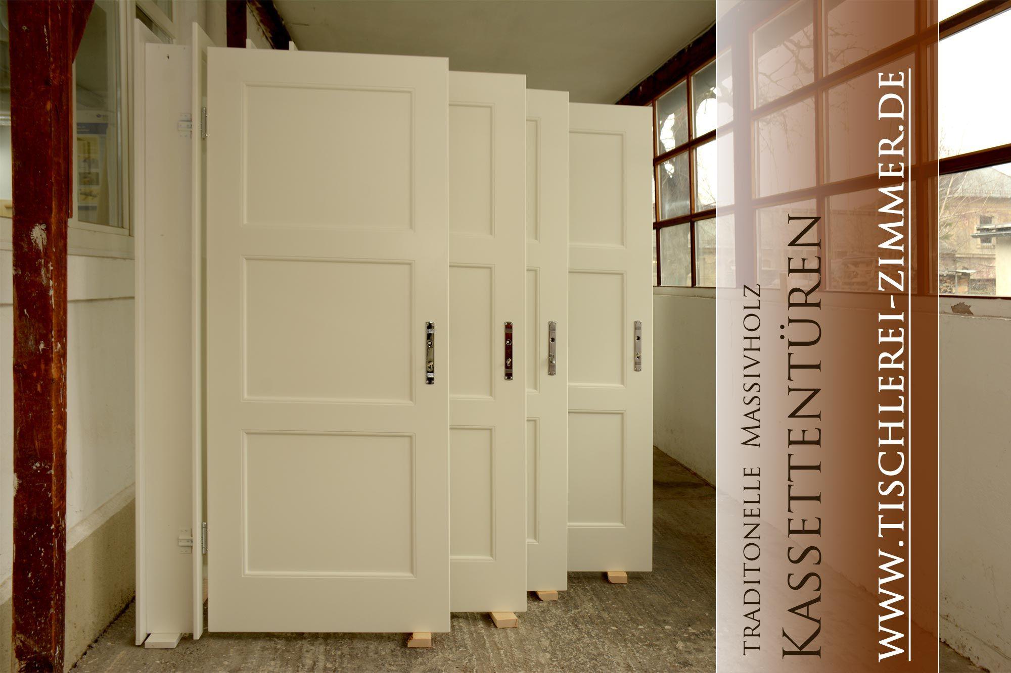 Traditionelle Massivholz Kassettenturen In Weiss Holzfenster Zimmerturen Weiss Innenturen