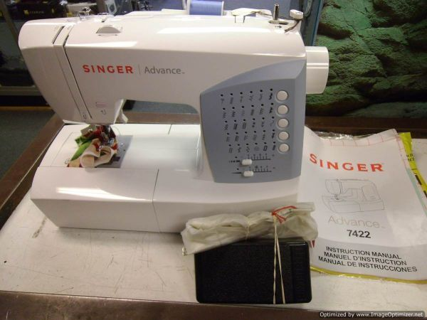 SINGER ADVANCE 40 SEWING MACHINE 40 KPAWNSHOPCOM 40 Custom Singer Sewing Machine Model 7422 Manual