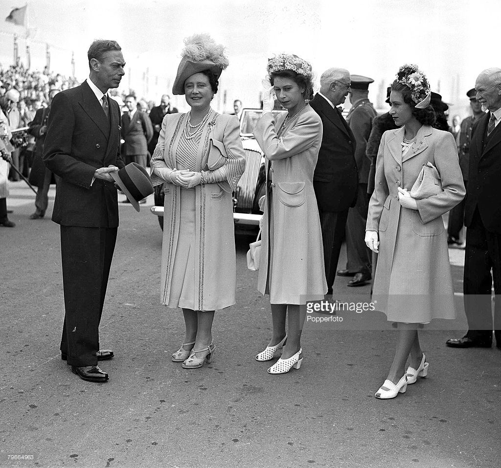 28th April 1947, King George VI, Queen Elizabeth, later the Queen Mother, Princess Elizabeth, later Queen Elizabeth II, and Princess Margaret in Cape town during the royal tour of South Africa  (Photo by Popperfoto/Getty Images)